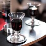 Klingelnde Weingläser